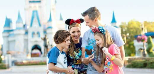 Play Disney Parks app relieves boredom in line