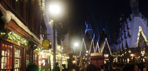 Universal resorts capture holiday magic with Harry Potter