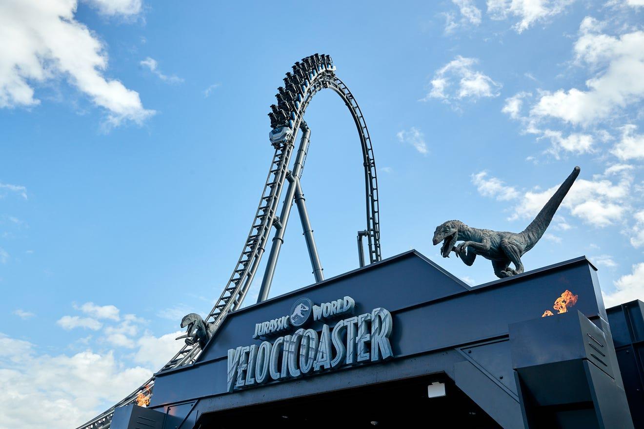 Universal Orlando to release dinosaurs and VelociCoaster